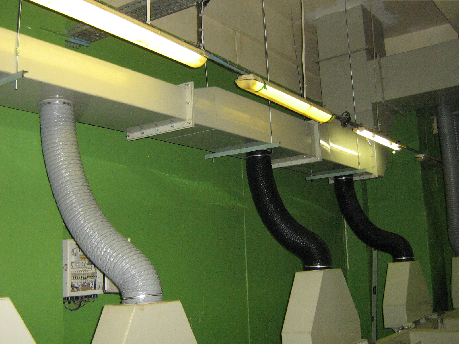 Самым подходящим вариантом для обеспечения качественной вентиляции будут